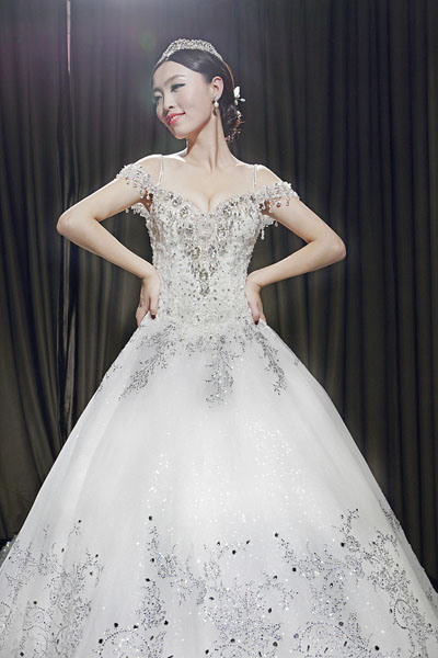 off shoulder sequins ball gown princess wedding dress